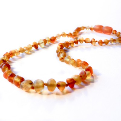/328-518-thickbox/yellow-colour-baltic-amber-baby-teething-necklace.jpg