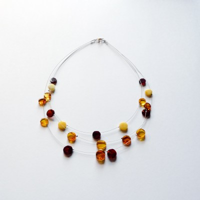 /453-657-thickbox/amber-necklace-on-steel-wire-round.jpg