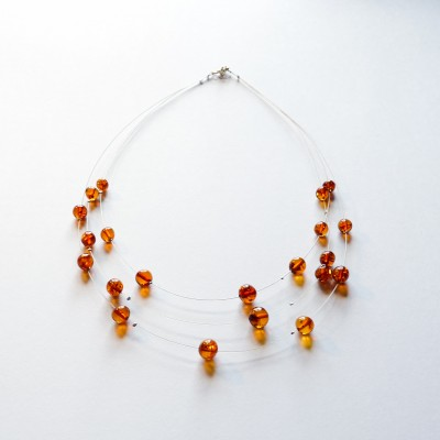 /460-664-thickbox/cognac-amber-necklace-on-steel-wire-round.jpg