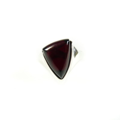/562-771-thickbox/silver-amber-triangle-ring-cherry.jpg