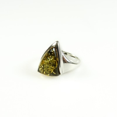 /563-772-thickbox/silver-amber-triangle-ring-green.jpg