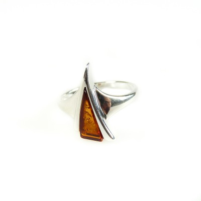 /565-774-thickbox/silver-cognac-amber-ring-triangle-.jpg