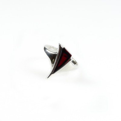 /566-775-thickbox/silver-cherry-amber-ring-triangle-.jpg