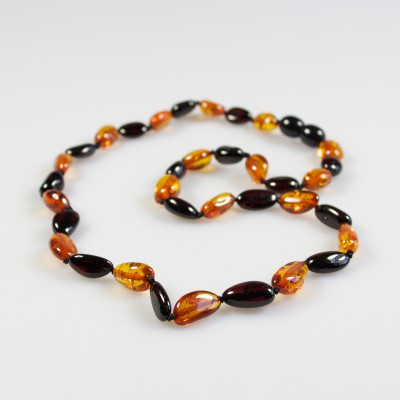 /643-865-thickbox/amber-adult-necklace-cherry-and-cognac-olives.jpg