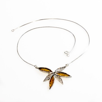 /753-1106-thickbox/amber-silver-flower-necklace.jpg